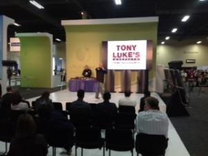 tony-luke-jr-presenting